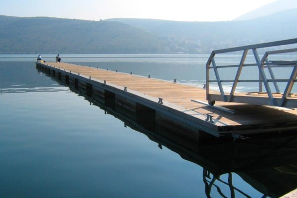 Concrete buoyancy for pontoons