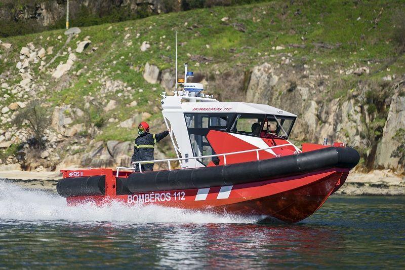 Barco contra incendios de aluminio