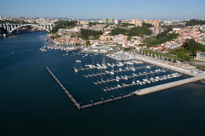 Instalación y fabricación de Douro marina