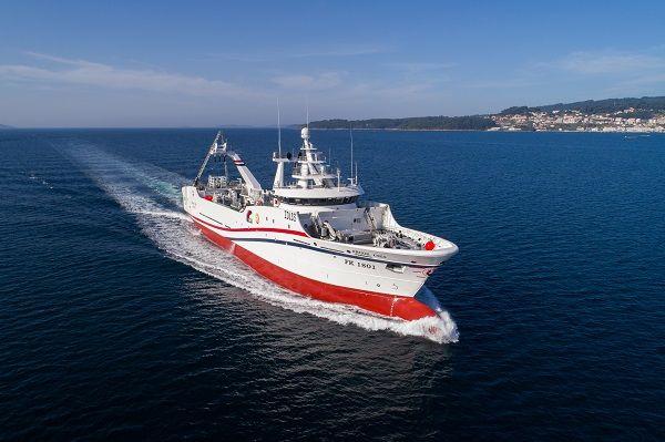 Trabajos de habilitación naval y aislamiento térmico en el buque ARGOS CIES
