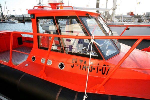 Barco de aluminio para trabajos portuarios
