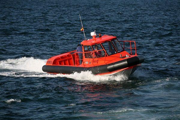Gasoline aluminium work boat