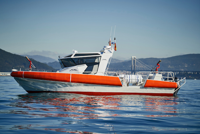 Aluminium fireboat with FiFi Equipment